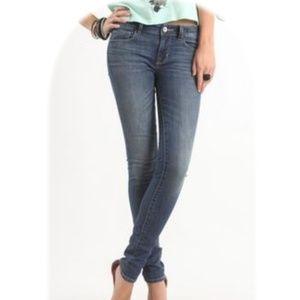 New! BullHead Pacific Medium Skinniest Jeans